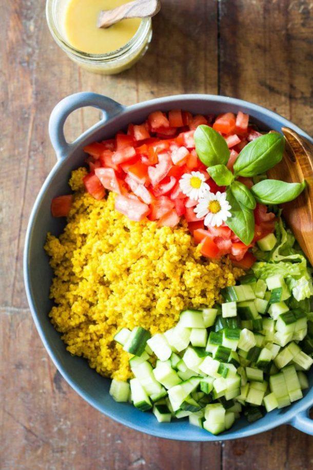 Turmeric-Quinoa-Salad