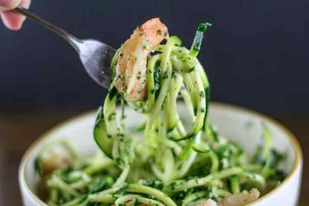 nut free pesto shrimp noodles