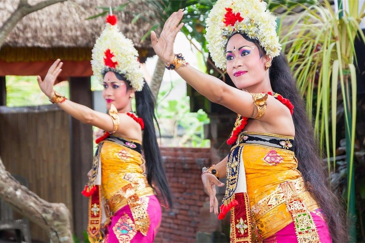 Balinese clothing