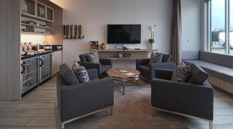the private suite lax cos'è