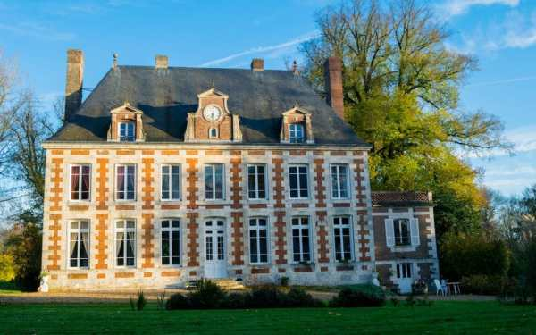 Beautiful chateaux in France: What it's like to stay in a ...