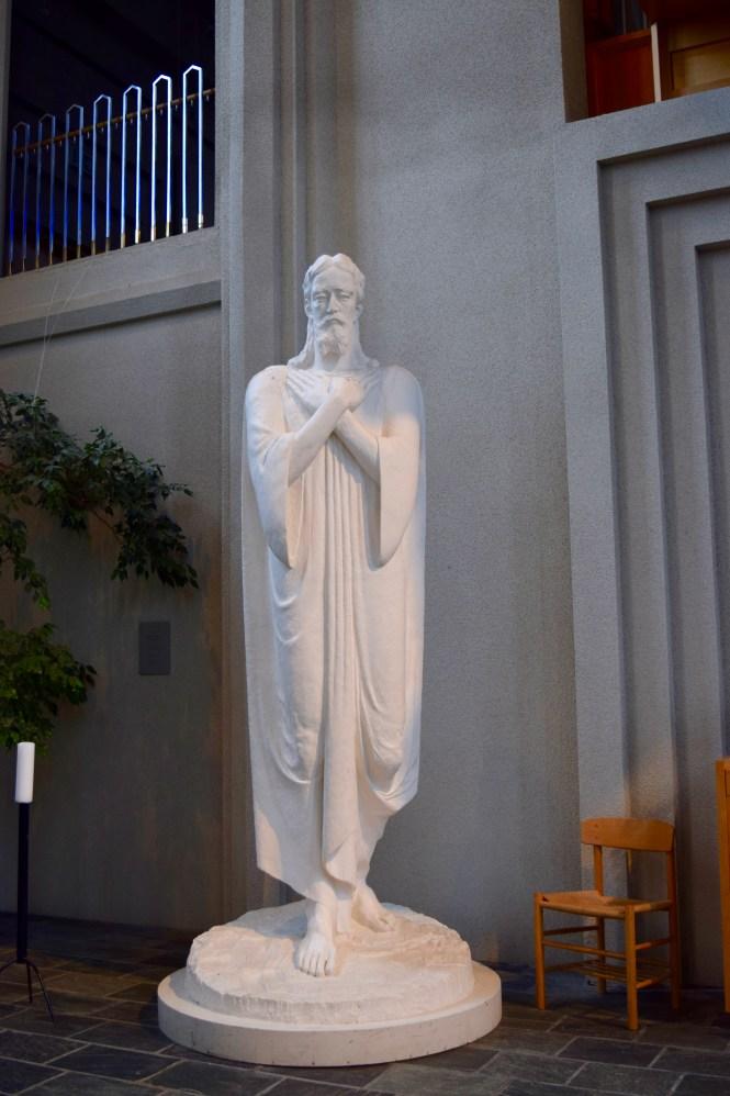 Hallgrimskirkja Statue