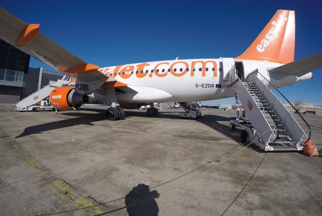 Easyjet aeroplane: Pixabay