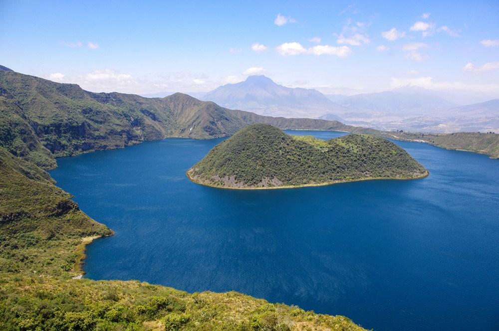 Hiking Lake Cuicocha