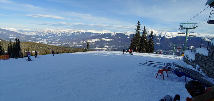 An image of the view from the top of a run at Marmot Basin in Jasper, Alberta - Jasper Skiing
