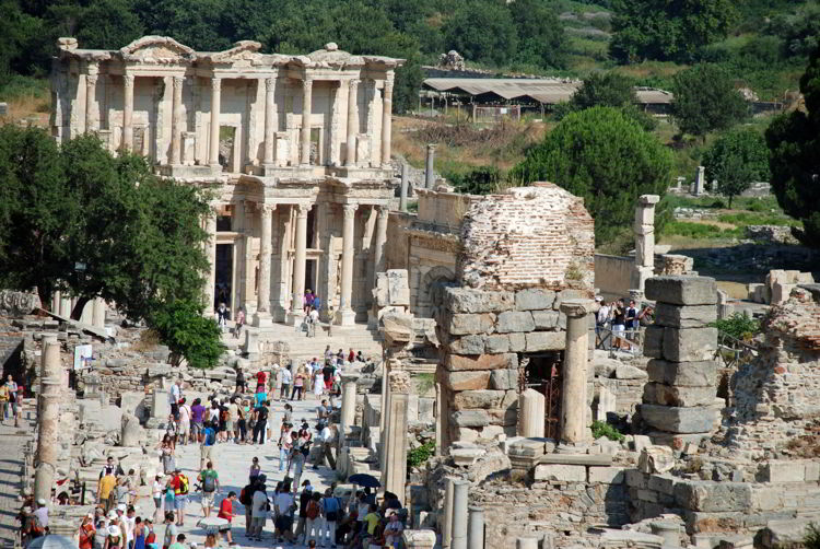 An image of the ruins of Ephesus taken on a tour of the site.