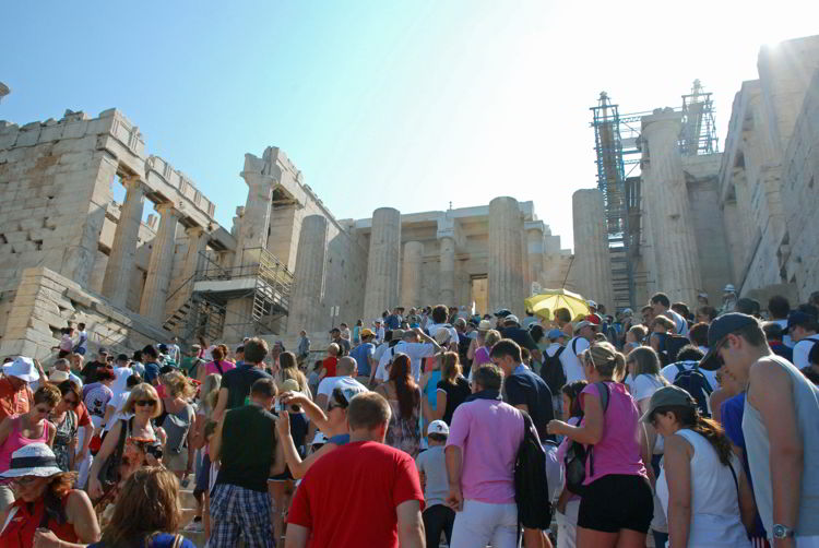An image of the crowds at the Acropolis in Athens, Greece - acropolis virtual tour.