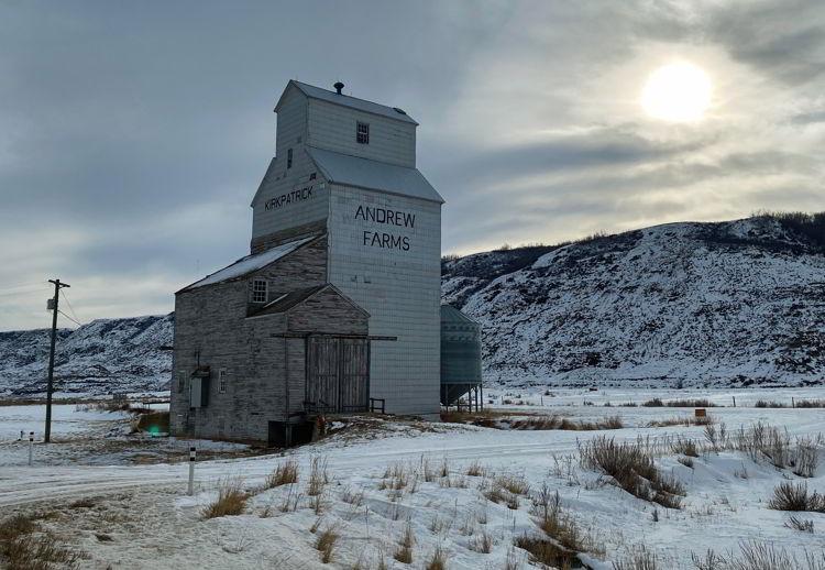 An image of the Andrew Farms grain elevator near Drumheller, Alberta.