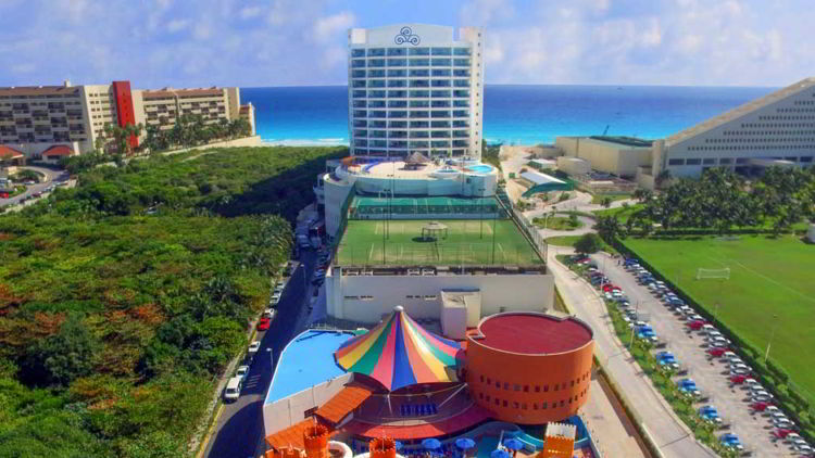 An image of the Seadust Cancun Resort in Cancun, Mexico.