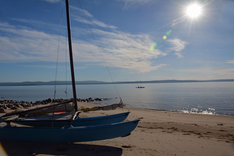 An image of the beach at Lesser Slave Lake Provincial Park in Alberta, Canada.