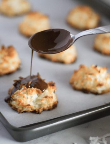 Perfectly chewy and perfectly soft, these coconut macaroons with a quick drizzle of chocolate are the perfect treat!