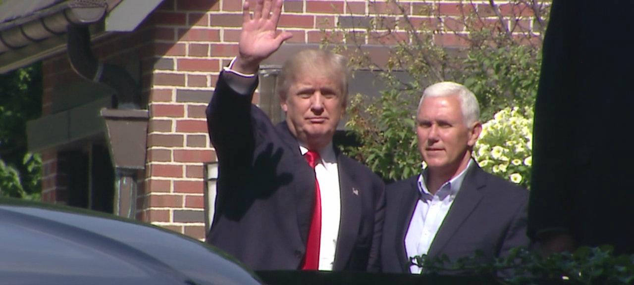 Donald Trump Mike Pence_195523