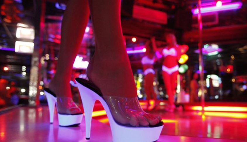 strip club exotic dancer_277311