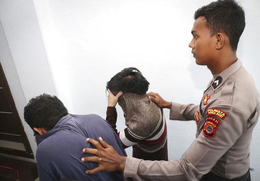Indonesia Criminalizing Sex_311000