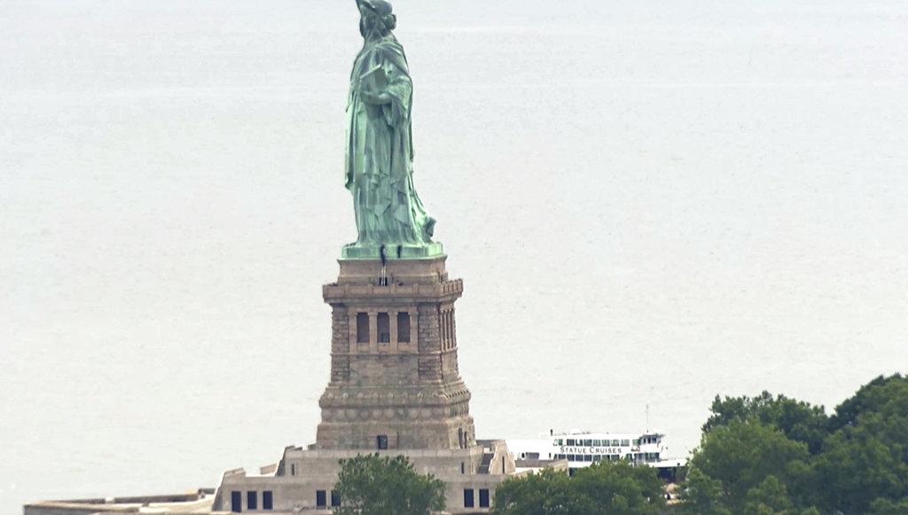 Statue of Liberty Arrests_1530739237227