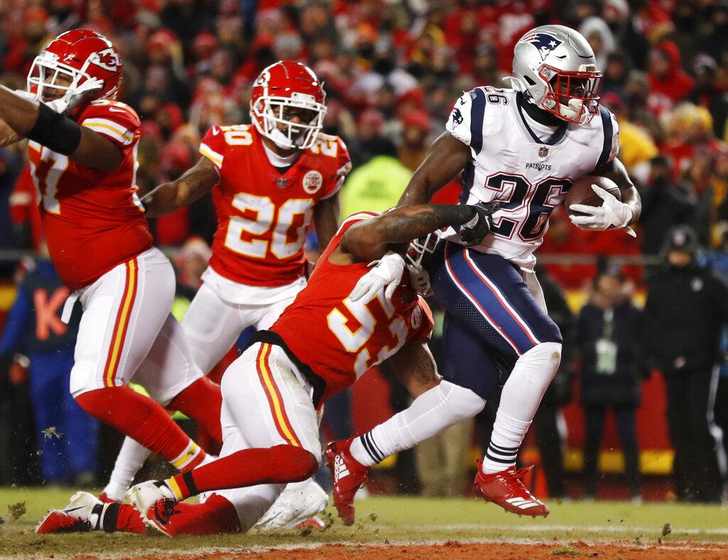 Patriots Chiefs Football_1548041708021