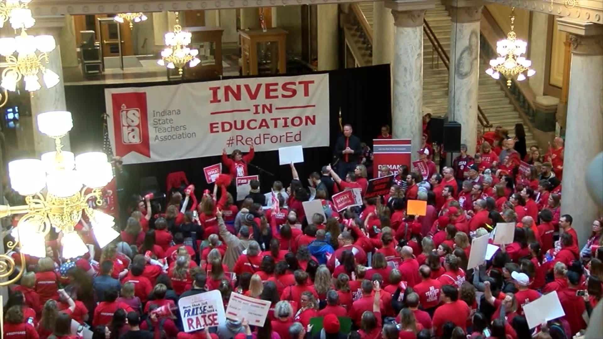Indiana_teachers_rally_for_better_pay_0_20190310141757