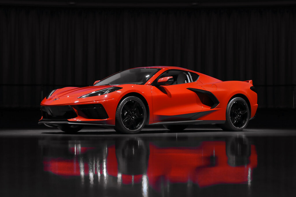 Corvette Goes Mid Engine For First Time To Raise Performance Wane