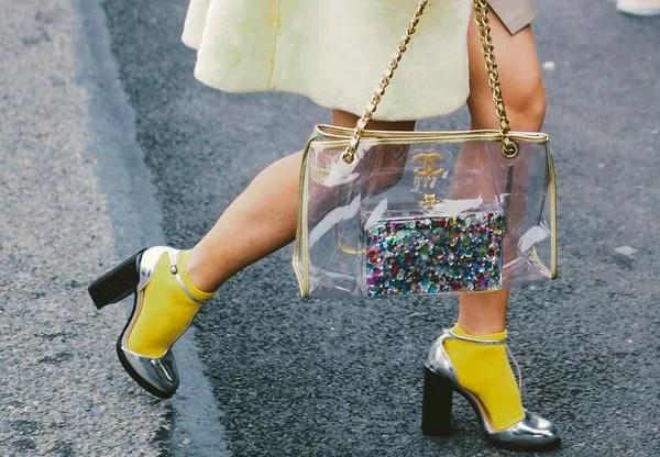 Materialipstick, Zara & Banyak Lagi! 5 Beg Tangan Jernih Ilham Fesyen 90-an Mampu Milik