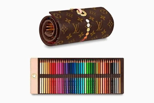 Dibuat Daripada Kulit, Harga Bekas Pensil Louis Vuitton RM4k