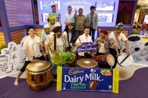 Wow, Rasa Coklat Cadbury Dairy Milk Perisa Durian Ini Sangat Lazat!