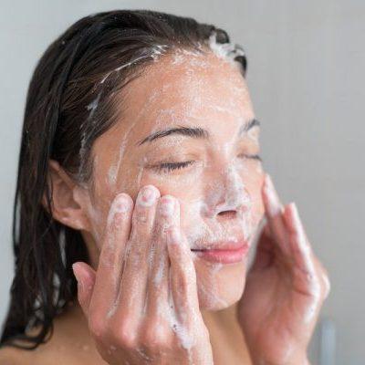 Dijamin Berkesan, 5 Skincare Yang Disyorkan Pakar Dermatologi