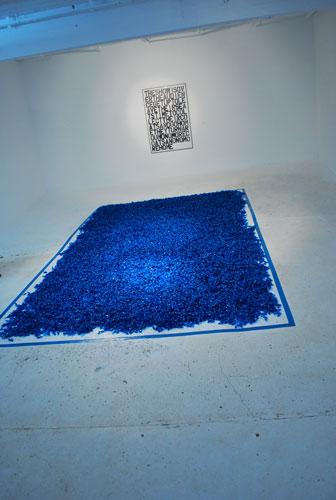 Untitled (Blue Placebo) van Cubaan Félix Gonzalez-Torres 'snoepjes'installatie
