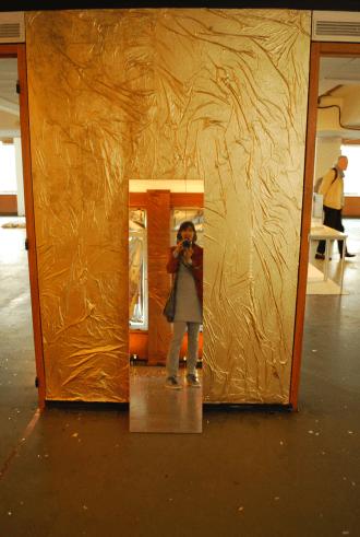 een kamer als een gouden doosje