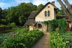 Versailles_hameaudelareine091