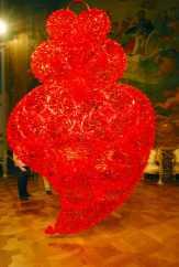 Red Independent HeartJoana vasconcelos