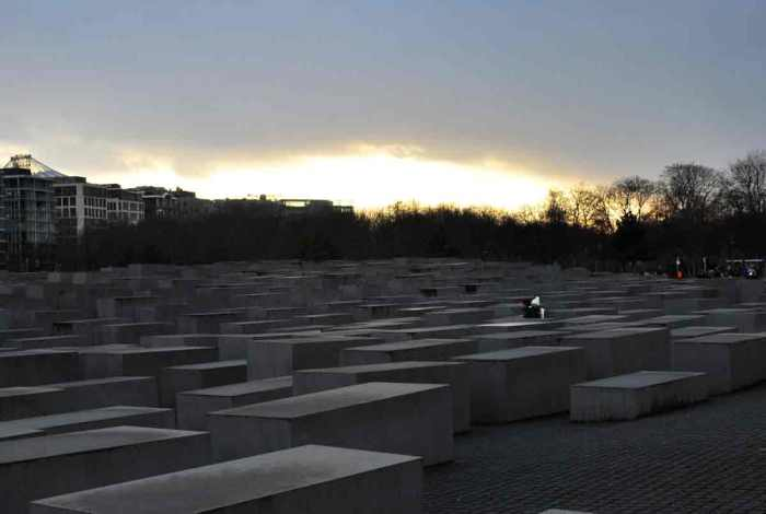 berlijn_jÜdischendenkmal-(39)