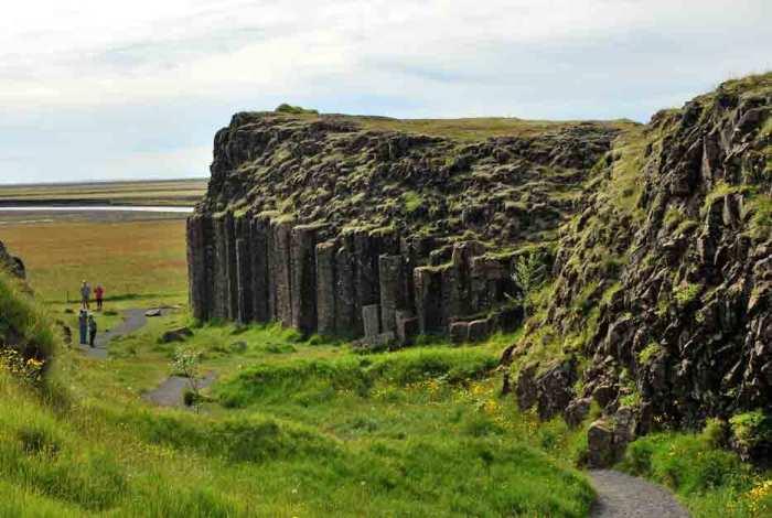 IJsland-basaltrotsen
