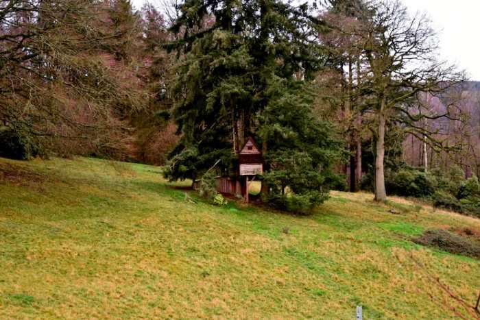 chateau-de-la-poste-in-ronchinne