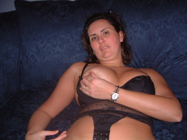 My wife loves huge cocks 6