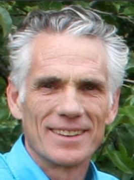 Dokter Tinus Smits, vaccinatie-ontstorings-pionier. Hij is inmiddels overleden, maar zijn werk werpt nog dagelijks vruchten af!!
