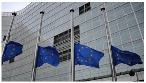 EU vlag halfstok