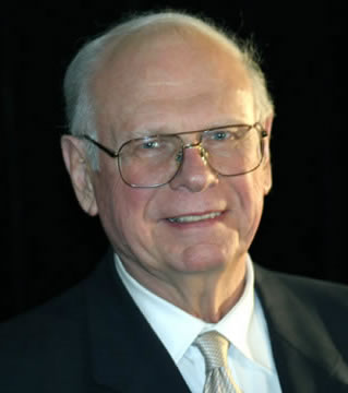 Paul-Hellyer2