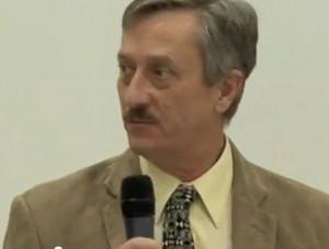 Oud-Monsanto medewerker in een nieuwe rol als pro-Monsanto-voorvechter bij een tijdschrift..