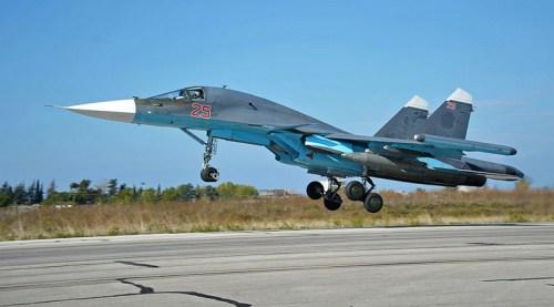 Een Russische SU24 gevechtsbommenwerper