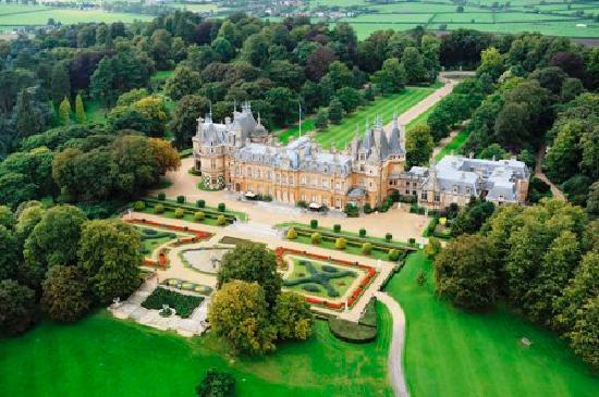 Waddesdon Manor, het hoofdkwartier van de Rothschilds, de wereldwijde financiële familie-macht-achter-de-schermen..