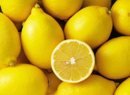 Waarom pas vitamine C nemen als we ziek zijn..? Griep is niet bestand tegen deze krachtpatser. Gebrek aan vitamine C kan je zuur opbreken..