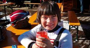 De 8-jarige Freek Hagoort. Het slachtoffer van de bizarre starheid van het RIVM..?