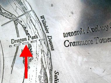 Detail of the National Trust direction indicator op de Tor van Glastonbury