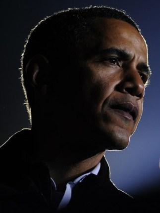'Barry' Hoessein Soetoro Obama, een man met een uiterst mysterieuze achtergrond. (klik voor artikel)