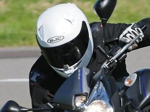 motard-casque-blanc