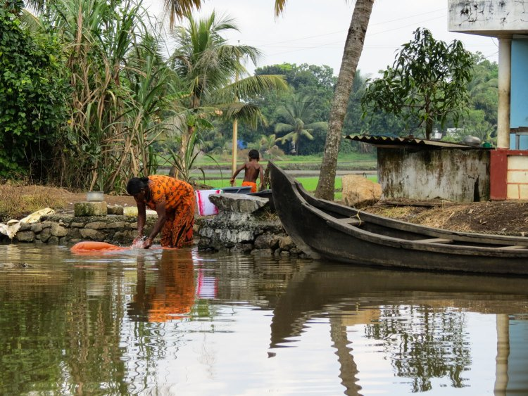 Daily life backwaters, Kumarakom, India