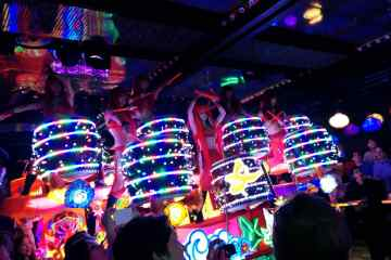 Robot restaurant tickets, are they worth it?