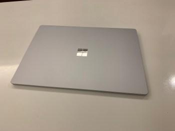 Surface Laptop3 15インチとDELL XPS13を比べる。