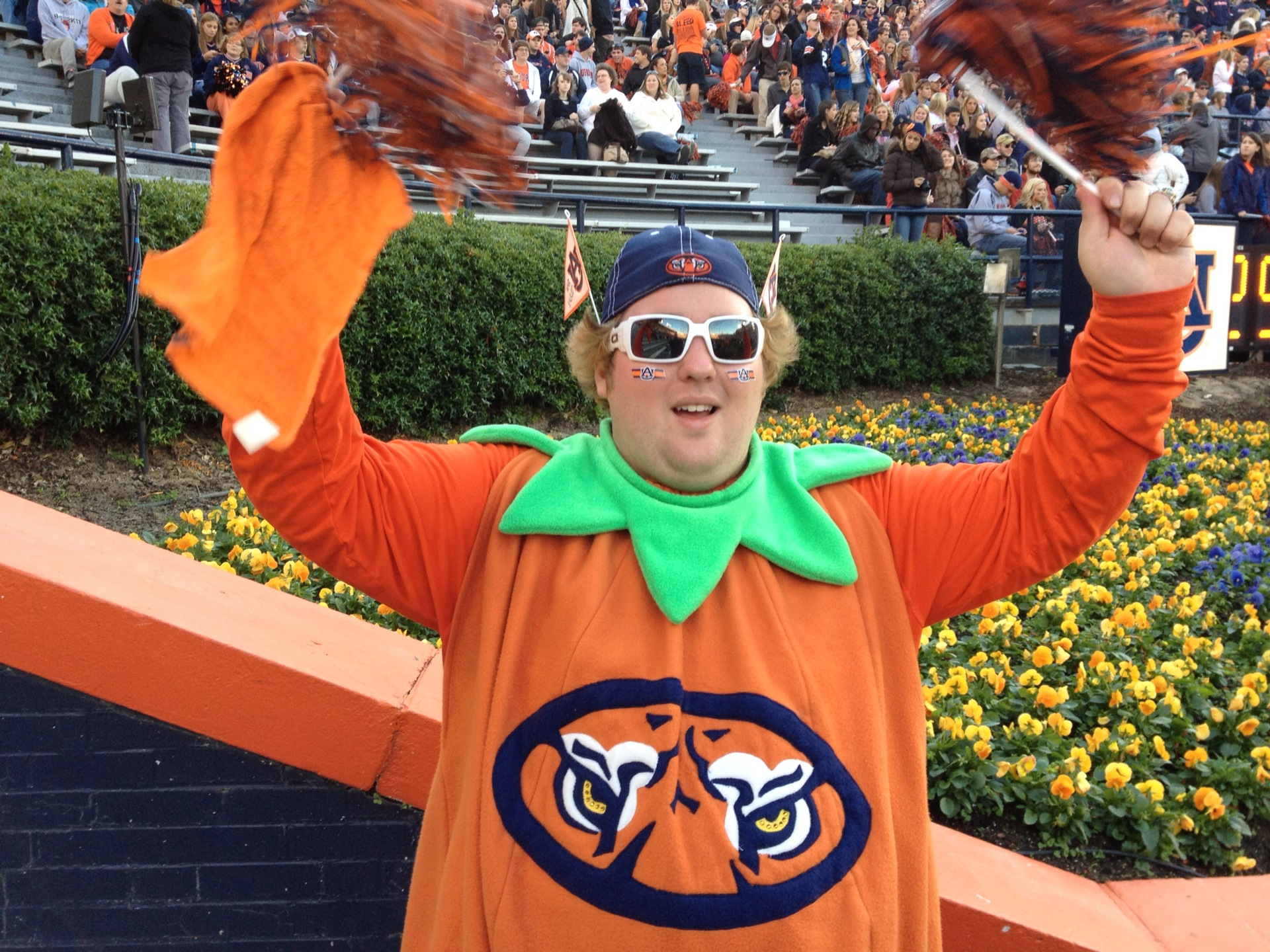9a18e625f A Collection of Auburn-Themed Halloween Costumes