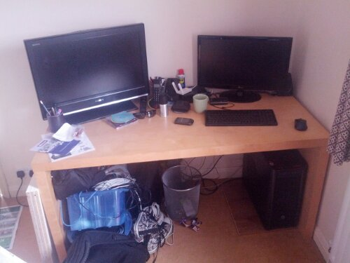 This is what the home office of an IT manager should look like!